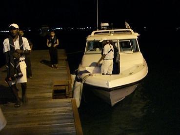 スピードボート.JPG